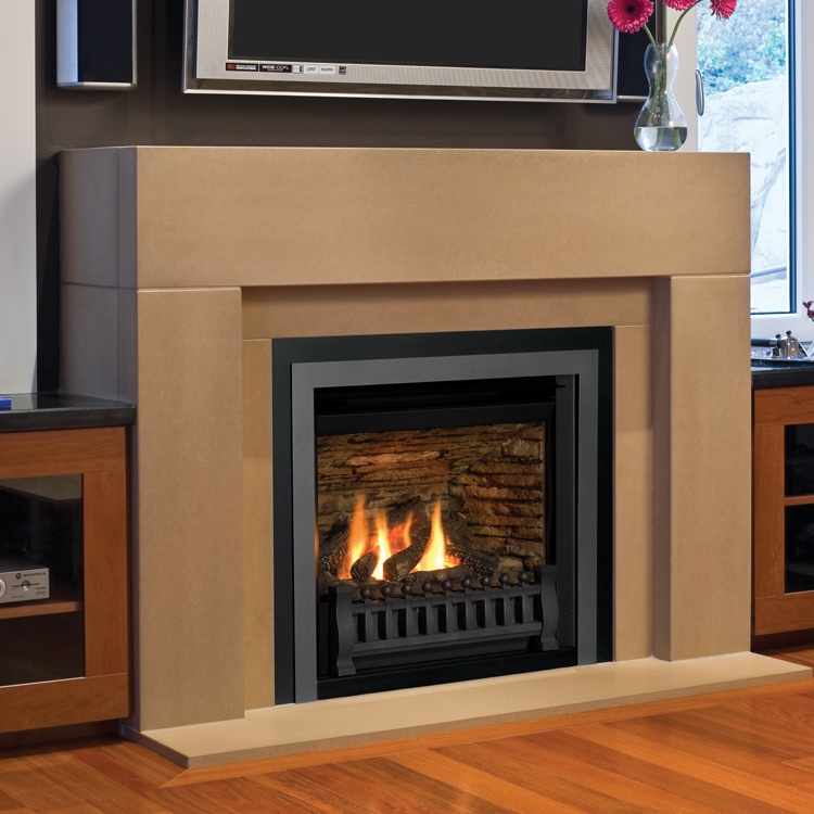 Valor Horizon Gas Zero Clearance Fireplace Fergus
